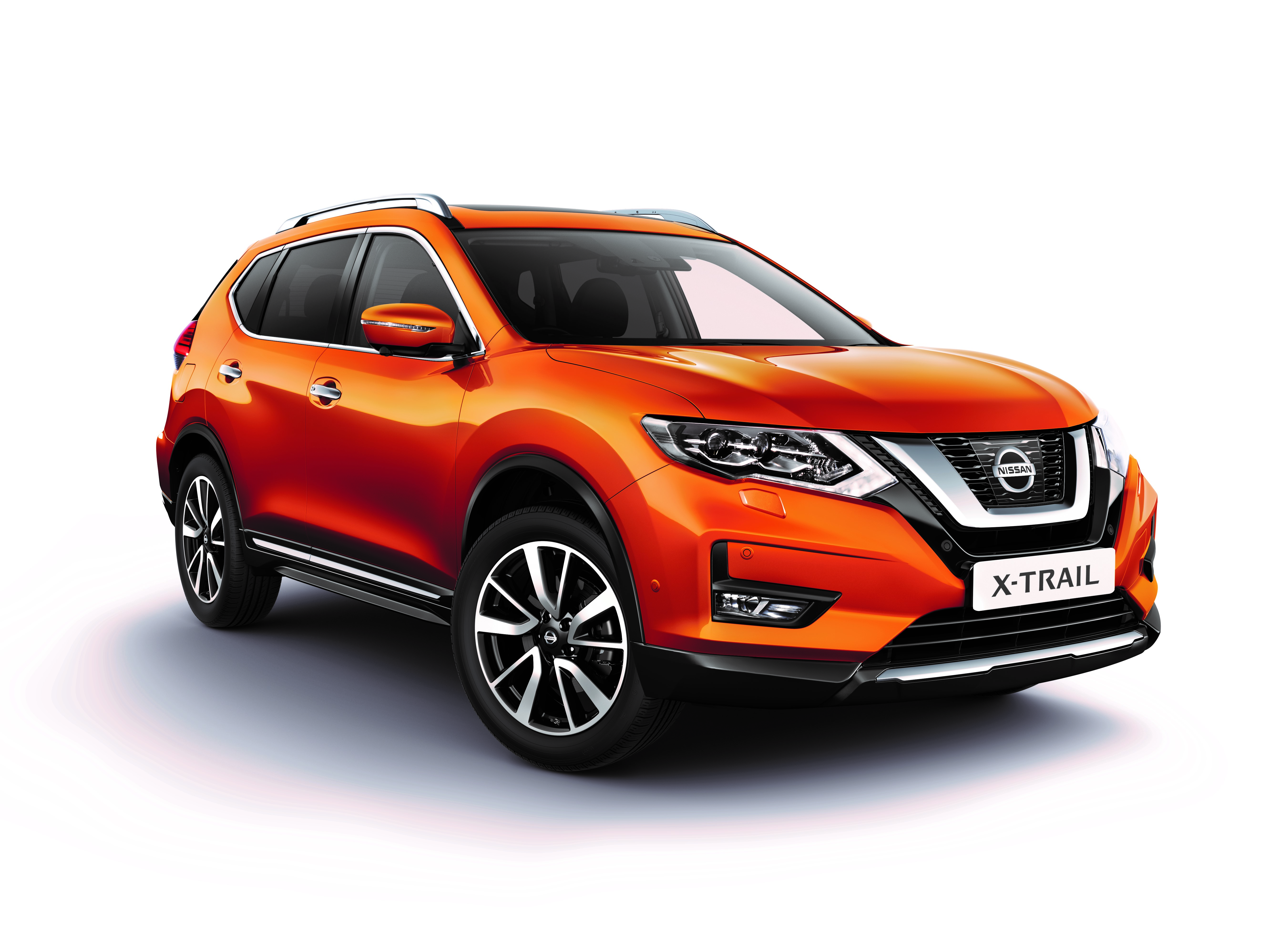 Nissan X-Trail dCi 150 Tekna 4WD MT 5 seats Tan leather moonroof Advanced Drive pack