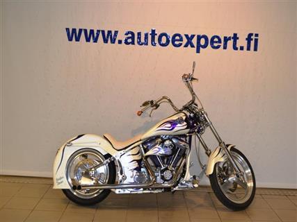 Harley-Davidson Softail  FXSTC Custom
