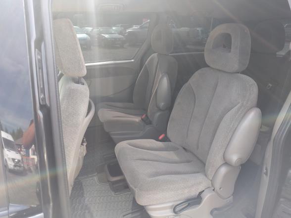 Chrysler Grand Voyager Tila-auto