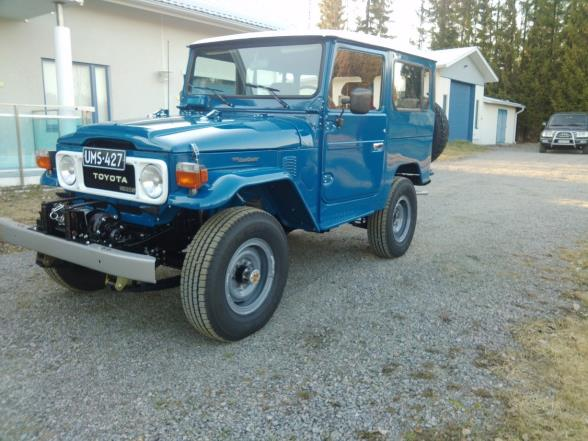 Toyota BJ42 L Land Cruiser Toyota BJ 42L land Cruiser