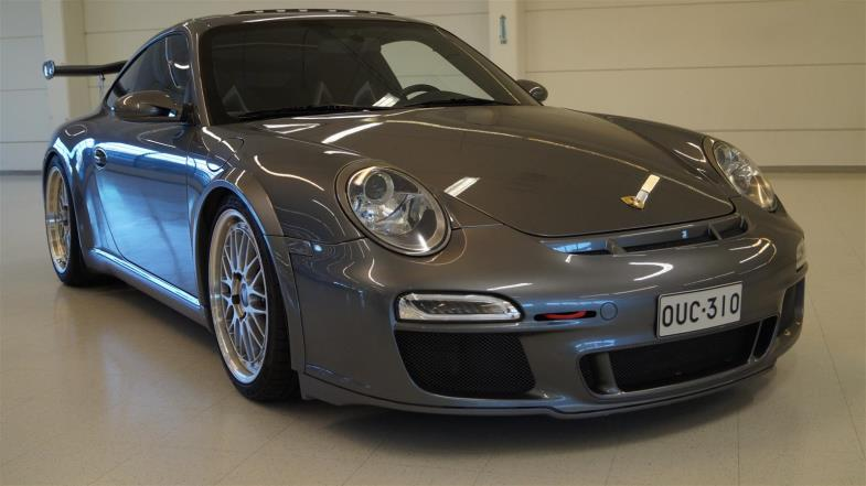 Porsche 911 Carrera Coupe Tiptronic S