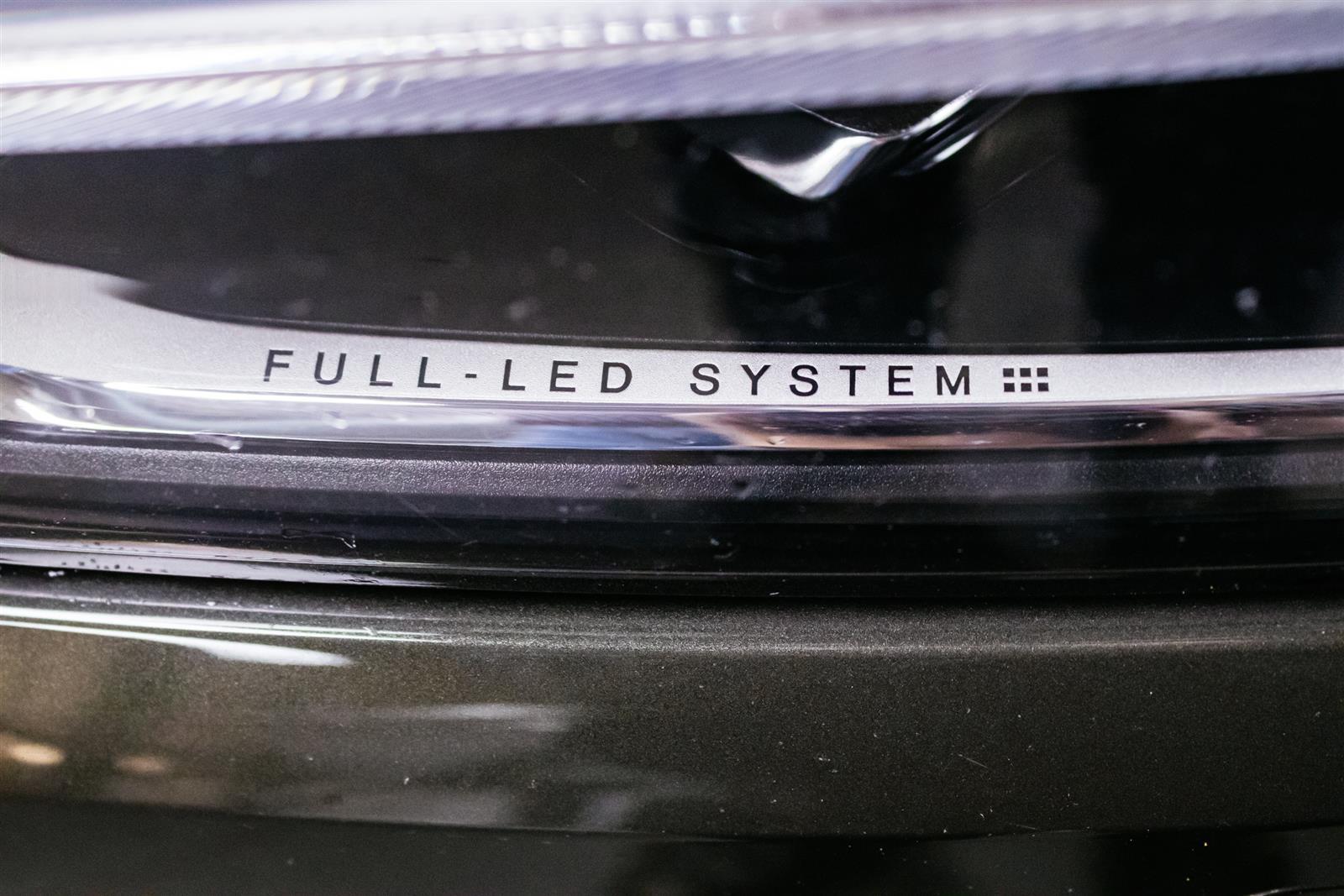 Volvo XC60 T8 AWD Inscription Suomi-Auto & Tehdastakuu / Varusteilla / Intellisafe Surround / Kamera / KEYLESS