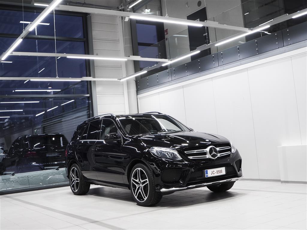 Mercedes-Benz GLE 350d 4Matic AMG Aut + Nahat + Navi + Harman/Kardon + LED-valot + Surround View / Tulossa myyntiin!