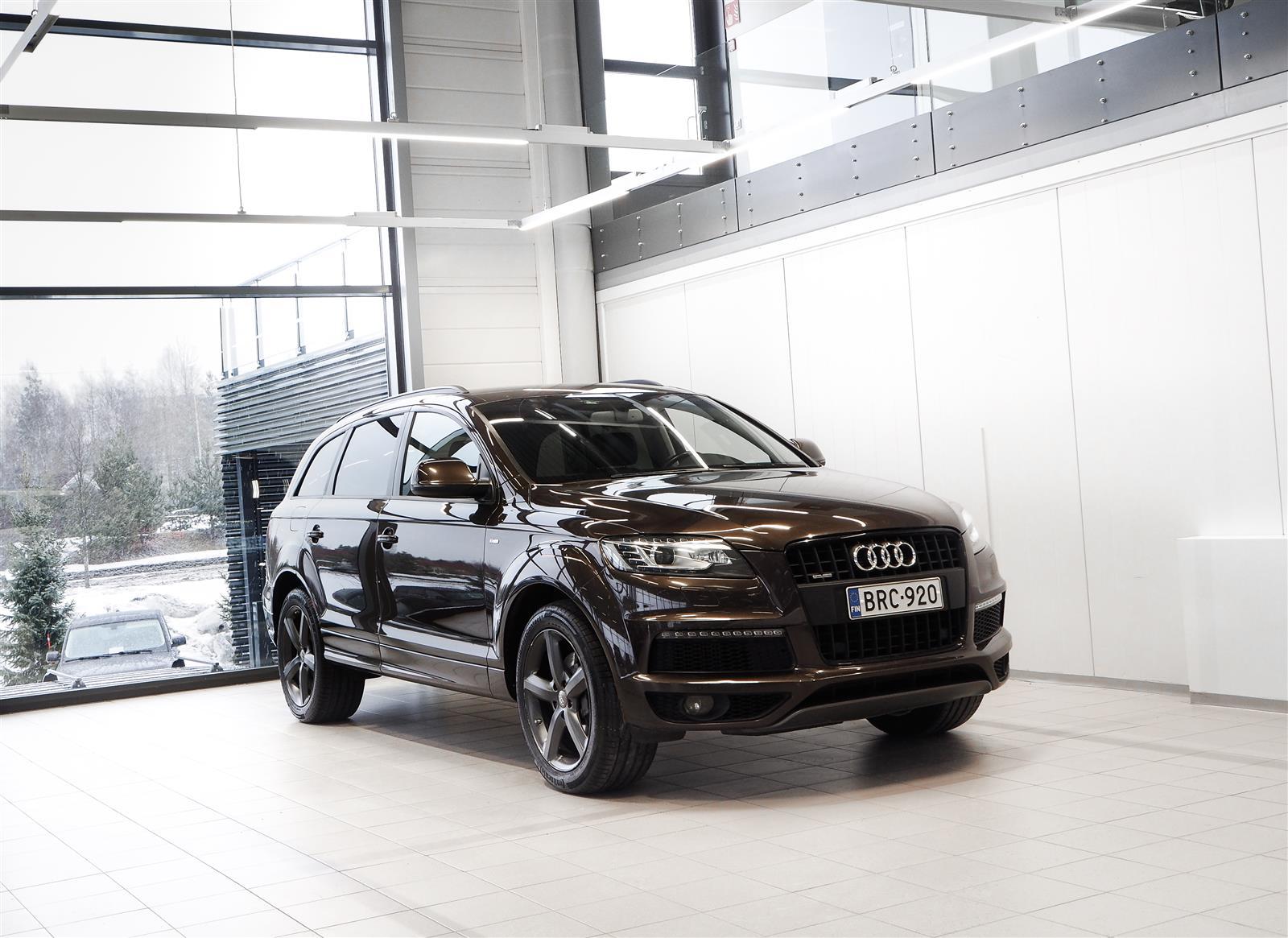 Audi Q7 3,0 V6 TDI Quattro S-line Aut + Nahat + BiXenon + Tutkat