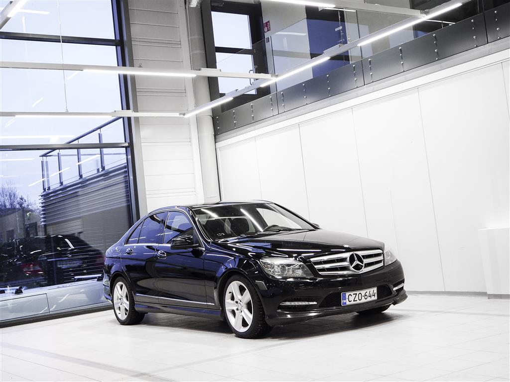 Mercedes-Benz C 300 4Matic AMG Aut + Bluetooth + Nahat