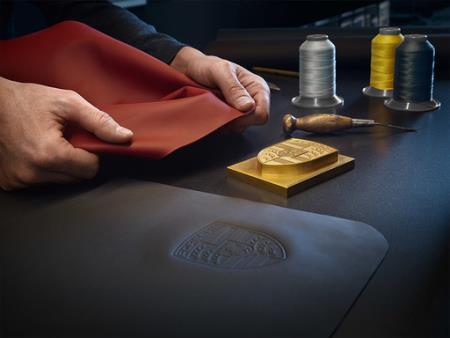 Porsche Exclusive Manufaktur.